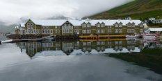 Malerischer Ort im Norden - Island