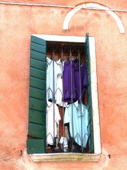 """""""Art by accident"""" - ein Fenster in Venedig"""