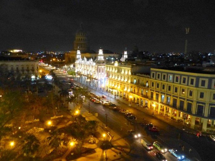 Nächtlicher Blick auf Havanna