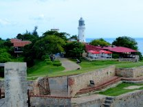 Blick von der Festung auf den Leuchtturm