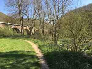 Eisenbahnviadukt Traumpfad Höhlen- und Schuchtensteig
