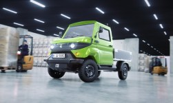 Transporter mit Allrad-Elektroantrieb