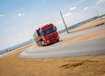 Brasilien Mercedes-Benz und Bosch Testzentrum