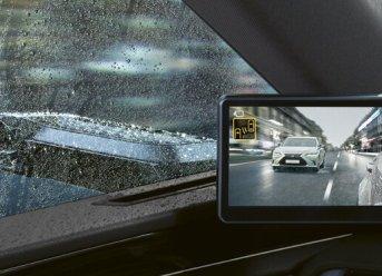 Lexus ES 300h mit digitalen Außenspiegeln