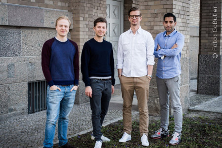 """Das """"GoButler""""-Team von links nach rechts: Maximilian Deilmann, Jens Urbaniak, Joko Winterscheidt, Navid Hadzaad"""