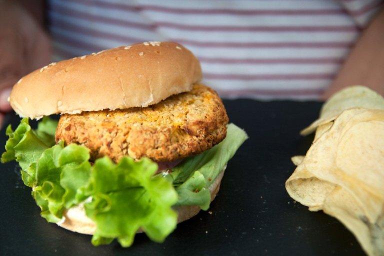 Na Cozinha – Hambúrgueres Vegetarianos de Grão