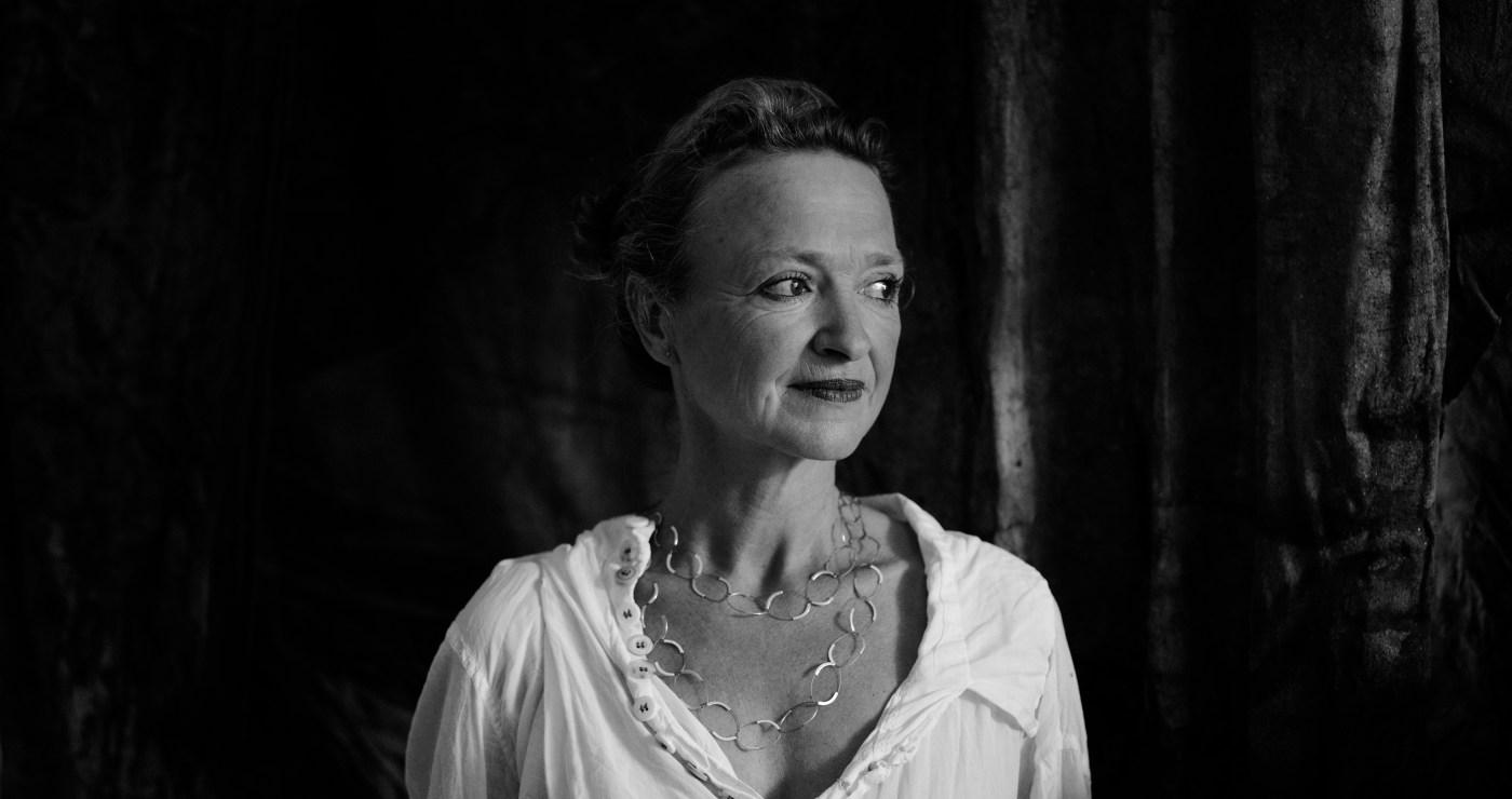 Künstlerin Silvia Hatzl