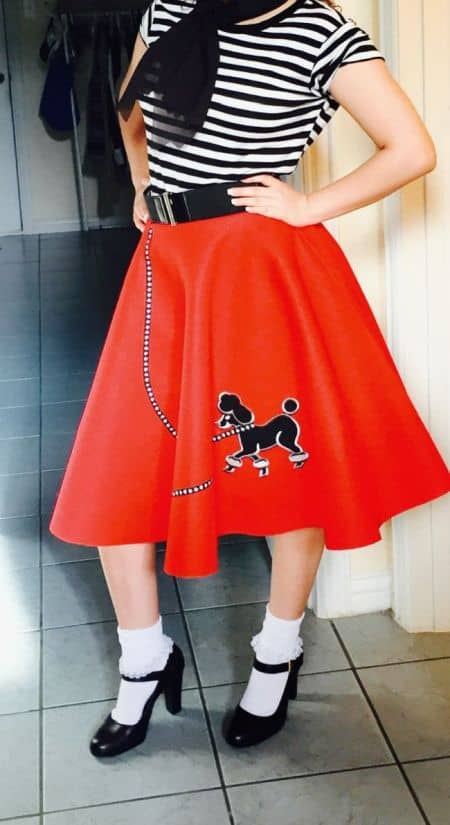 8651a8c350 Como hacer un disfraz de Vaselina la falda circular de Sandy