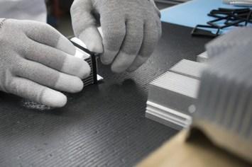 Particolare della preparazione dei raffreddatori / Cooler assembly