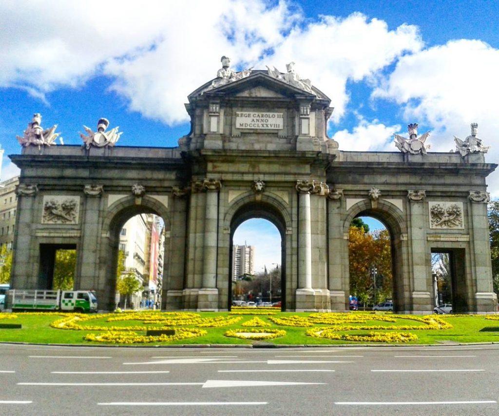gia turistico brasileiro em Madrid