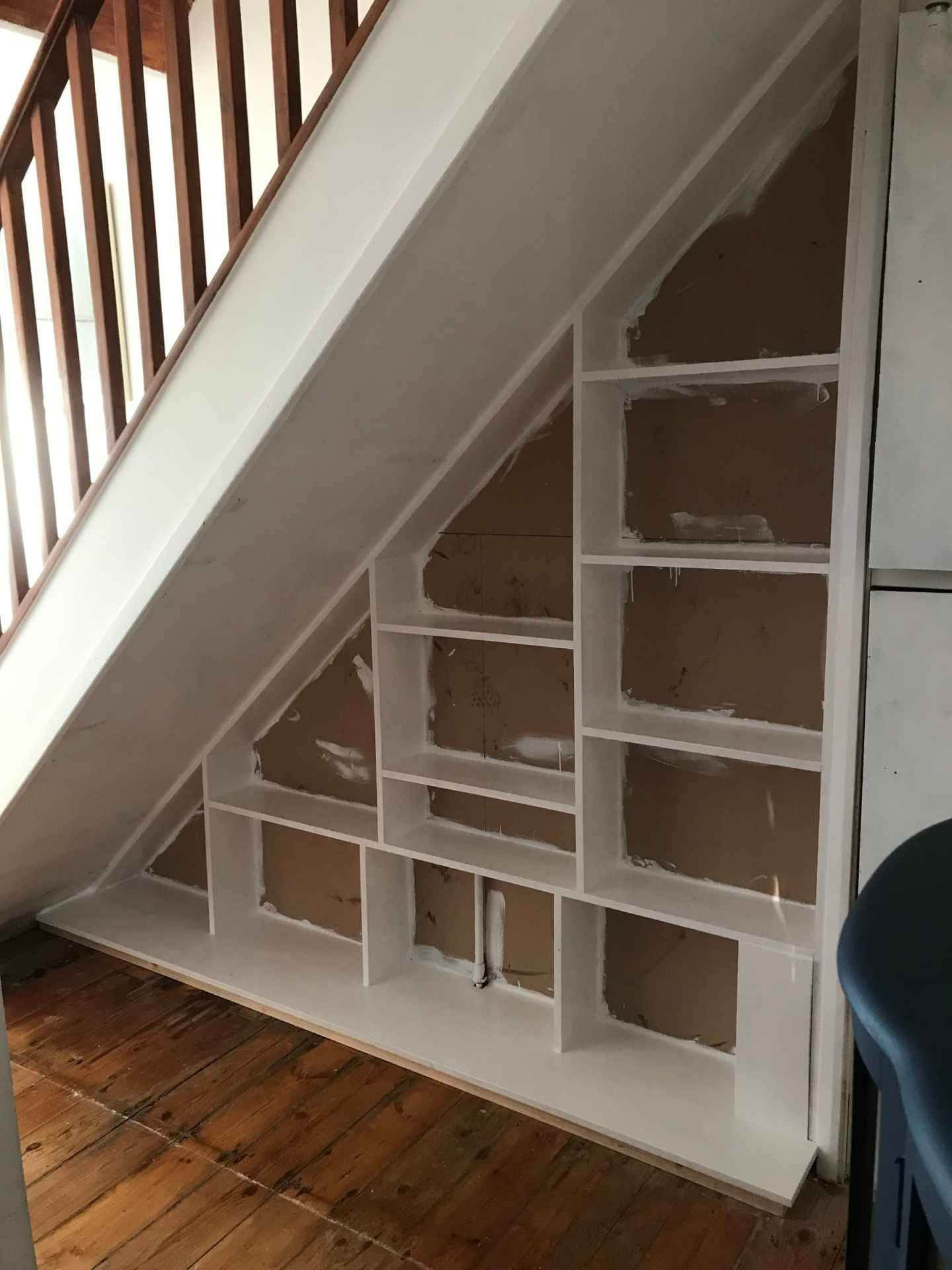 storage, under stairs, under stairs storage, shelves, small spaces, office space, small office, bookshelves, storage solutions, inspiration, hallway, hallway inspiration, diy