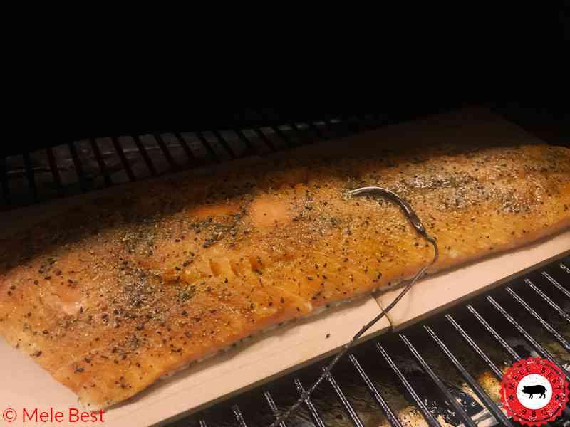Heißgeräucherte Lachs in Kokossoße