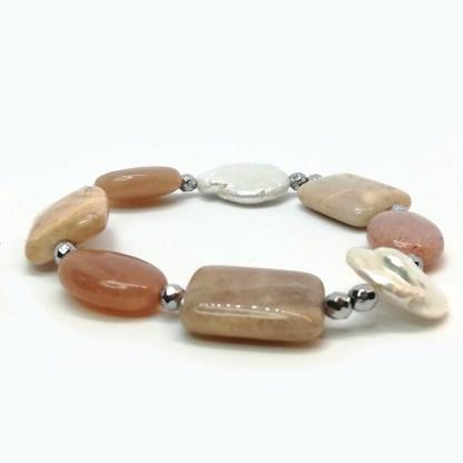Bracciale donna di perle di acqua dolce ematite e pietra del sole