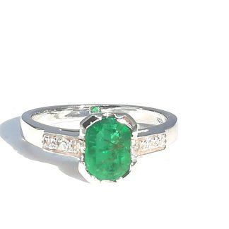 Anello in Oro bianco con Smeraldo Ottagonale e Diamanti