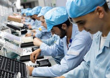 General Mobile fabrikası turumda telefon üretimine göz atıyoruz