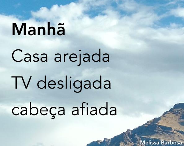 Manhã Casa arejada TV desligada Cabeça afiada