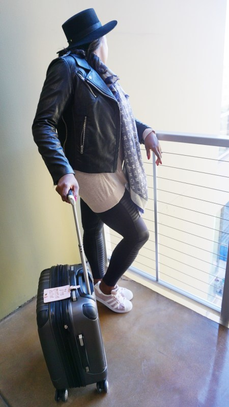 travel-essentials-tips-melissa-chataigne-style-expert