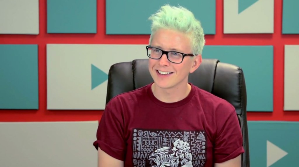 tyler-oakley-melissa-judson-production-design-youtubers-react