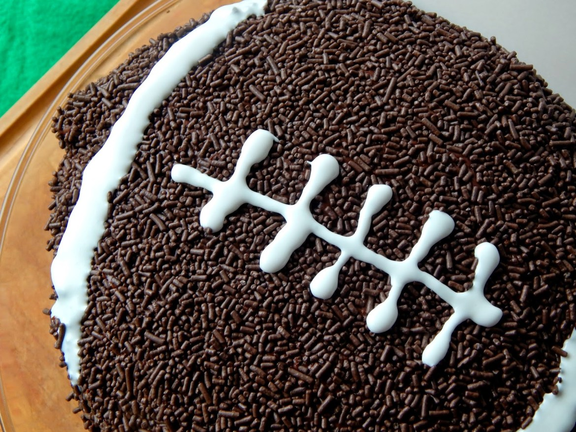 #BigGameTreats #ad #cbias Chocolate Football Pinata Cake