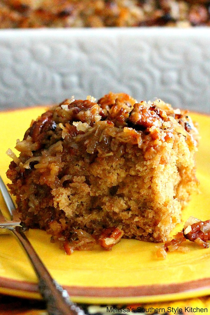 Oatmeal Cake with Broiled Coconut Pecan Topping