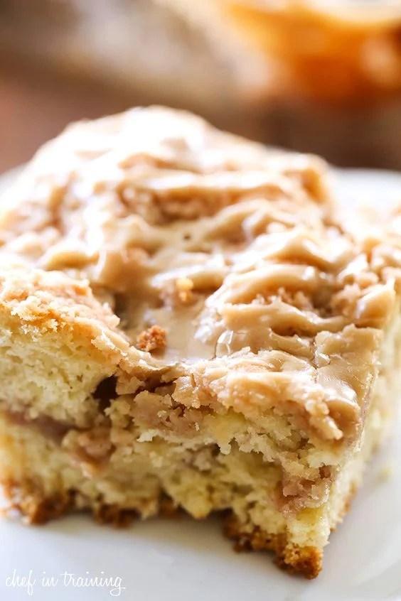 caramel-apple-breakfast-crumb-cake