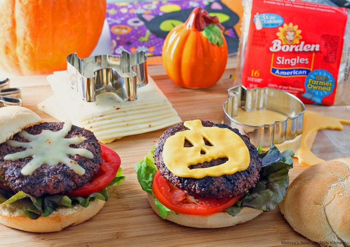 Hamburgers with melted cheese