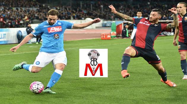 Napoli vs Genoa - Higuain in azione