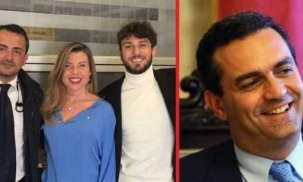 Lello Caiazza rompe gli indugi: è lui il terzo candidato sindaco. Incassato anche il sostegno di De Magistris