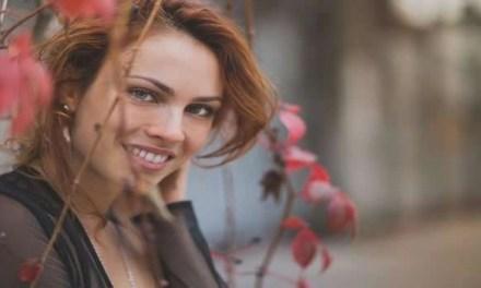 SARA CORTOLEZZIS: QUAL FIAMMA HA NEL GUARDO