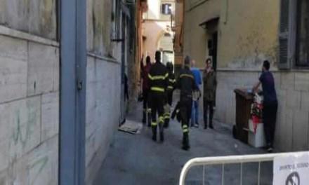 Sant'Antimo. Crollo di Via Lava 46, sgombrate famiglie