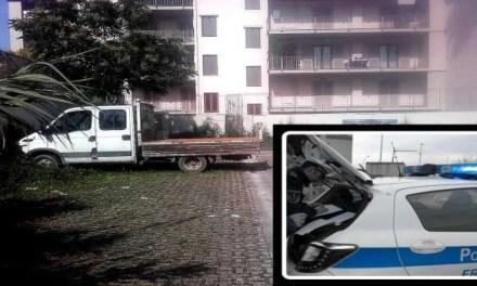 Frattamaggiore. Rinvenuto camion rubato ad una ditta edile a Cardito