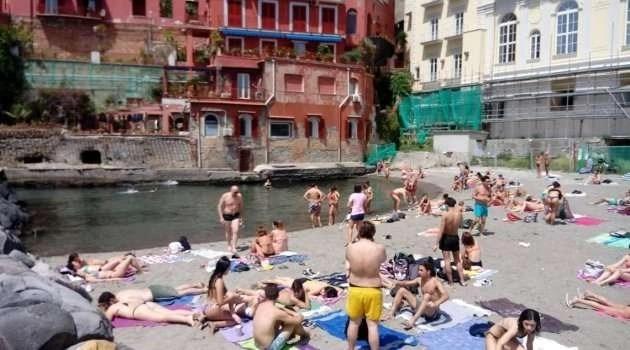 Napoli. Tenta di violentare una 14enne: arrestato
