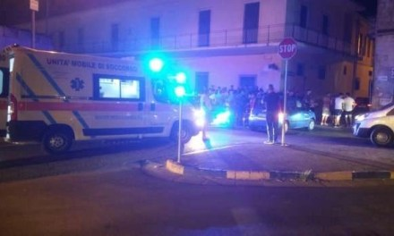 Melito. Incidente tra un'auto e uno scooter