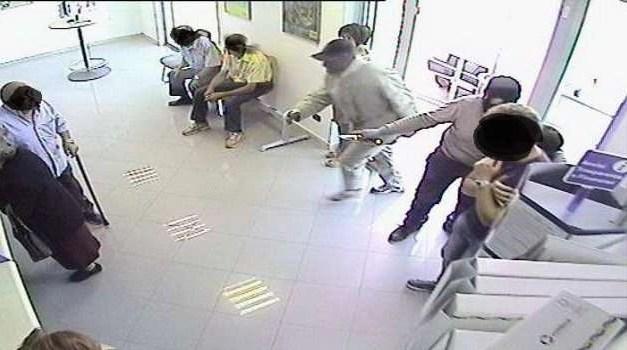 Arresti domiciliari per il rapinatore delle poste