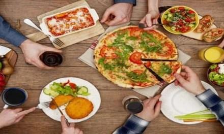 Gino Sorbillo chiede il cibo da asporto anche in Campania