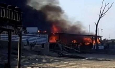 Noto stabilimento balneare in fiamme: prima lo scoppio e poi l'incendio