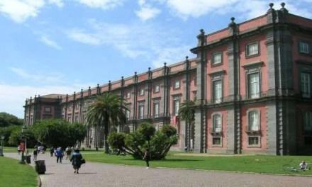 """Bosco negato, a Capodimonte la direzione chiude il parco: """"Troppe infrazioni"""""""