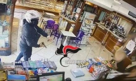 Incastrato l'uomo che ha rapinato una pasticceria di Miano