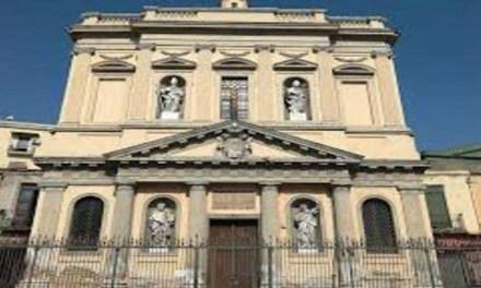 Coronavirus, Napoli: prete chiude parco giochi a causa del virus