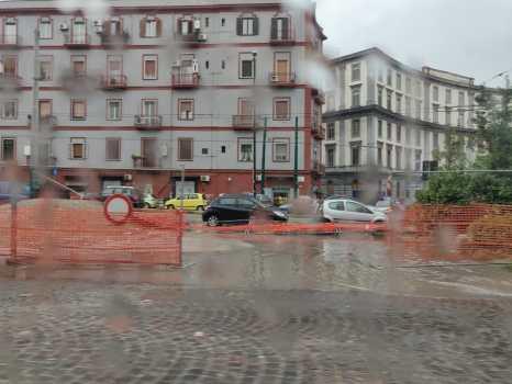 Napoli: maltempo mette a soqquadro la città