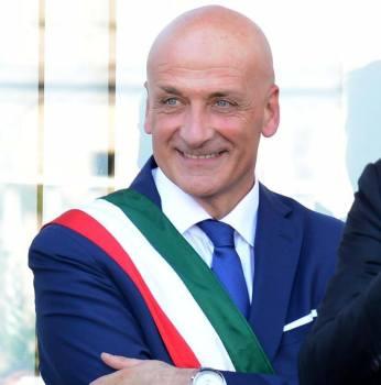 Rissa a Pozzuoli: arriva lo sfogo del primo cittadino