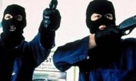 Napoli: carabinieri arrestano un 17enne accusato di 9 rapine a mano armata