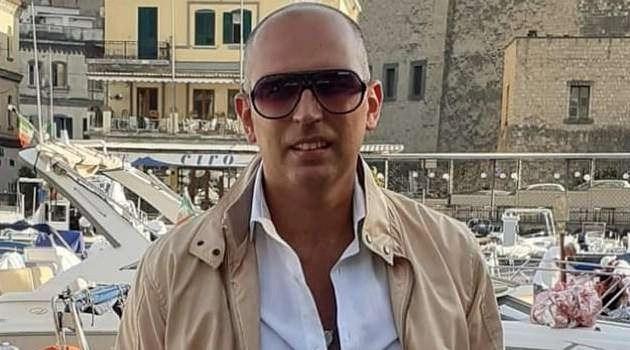 """""""Nnammurato e Napule"""" è il nuovo singolo del cantante Ligarò dedicato alla città di Napoli"""