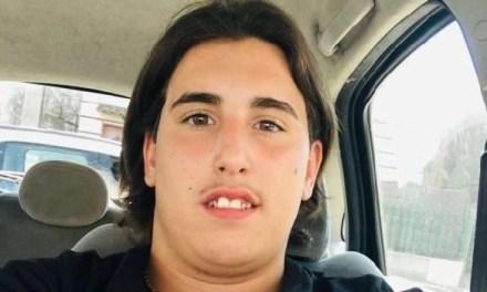 Napoli, cronaca  Si impicca e muore a sedici anni