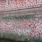 Nasce a Londra il Memoria Wall per le vittime del Covid