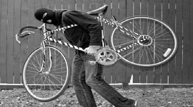 Napoli, cronaca Ruba una bici e cerca di venderla on line, denunciato