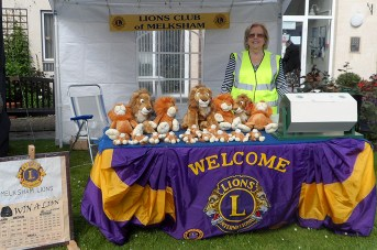 Melksham Lions at the 2015 Calne Duck Race