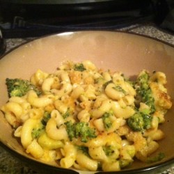 Baked Macaroni and Cheese with Broccoli