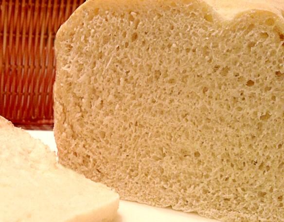 Fluffy White Bread Recipe (Bread-Machine Friendly!)