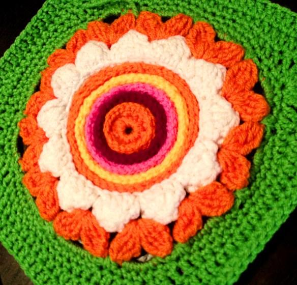 Happy Flower with Slip Stitch centter
